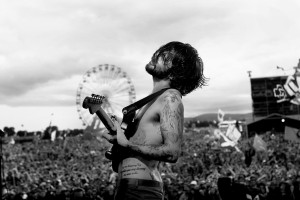 biffy_clyro10_website_image_prints_standard