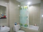 SYM main bathroom